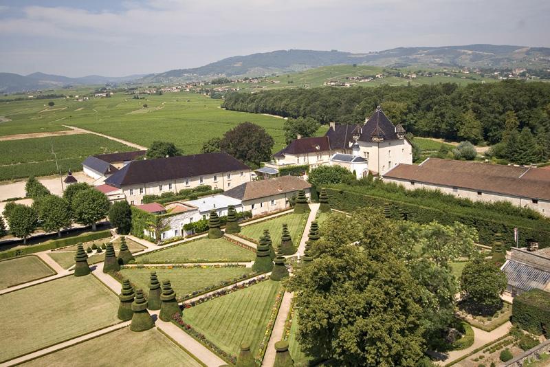 chateau hotel bourgogne ch teau pizay h tel spa entre. Black Bedroom Furniture Sets. Home Design Ideas